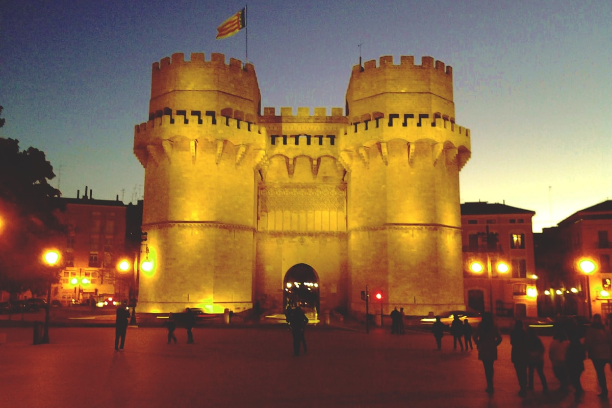 Tour de misterios y leyendas por Valencia